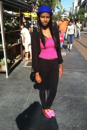 black free people sweater - hot pink BP shoes - blue hat - black bag