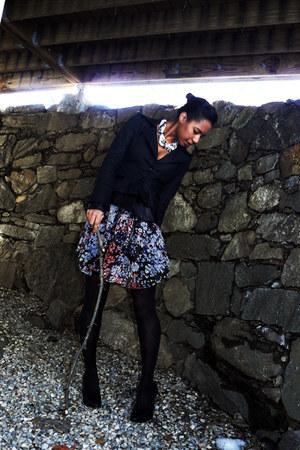 black floral chiffon H&M dress - black V-Moda blazer - black Pour La Victoire he