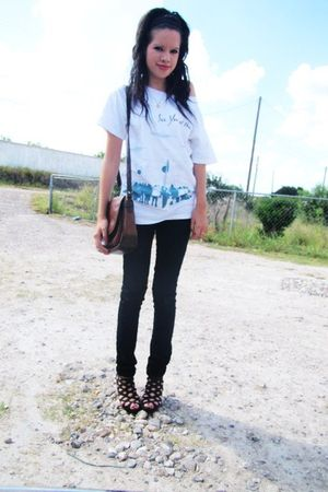 thrifted shirt - 579 jeans - thrifted purse - Americas shoes shoes
