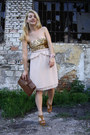 Brown-2nd-hand-bag-light-pink-zara-skirt-bronze-oasap-wedges