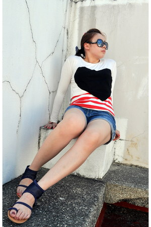 white long sleeves Bangkok Buy top - denim D&G shorts