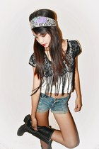 especialee top - black boots Ross boots - denim American Apparel shorts