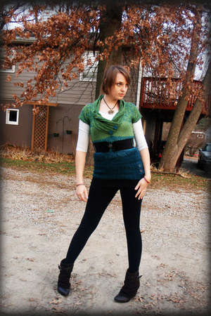 dark green sweater - dark brown boots - black leggings - light blue shirt