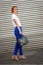 gold Irregular Choice pumps - white t-shirt - blue Secondhand pants