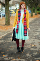 aquamarine skirt - brick red leggings - gold blazer