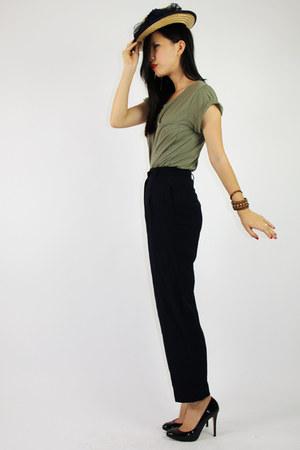 tan vintage hat - army green Topshop t-shirt - black Max Mara pants - black Gues