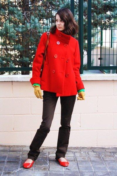 red coat H&amp;M coat - brown pants Zara pants - red flats asos flats