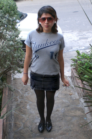 t-shirt - American Eagle skirt - - Stradivarius
