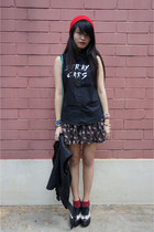 floral skirt cotton on skirt - beanie Daiso hat - quilted bag rubi bag