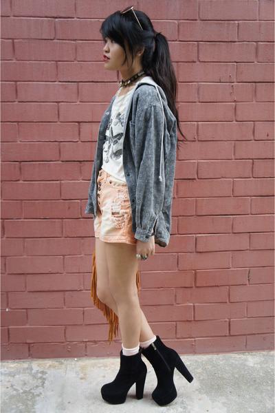 black jemma lookalikes boots - light orange denim shorts thrifted shorts