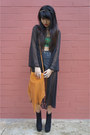Light-orange-thrifted-vintage-bag-black-leather-shorts-editors-market-shorts