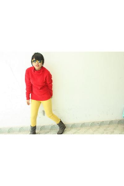 sweater - PO Box pants - ripcuL boots