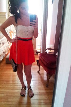 red skater skirt Forever 21 skirt - black Deena & Ozzy bag