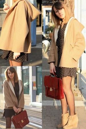 Primark dress - Zara boots - Zara coat - Primark bag