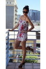 Black-old-navy-sunglasses-red-floral-print-urban-outfitters-romper-brown-ste