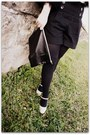 Frye-shoes-topshop-coat-american-apparel-bag-anthropologie-shorts-topsho
