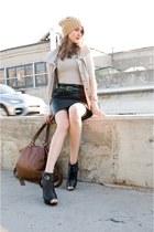 black danier skirt