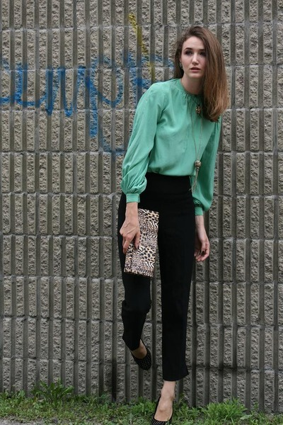black pink tartan pants - green vintage top