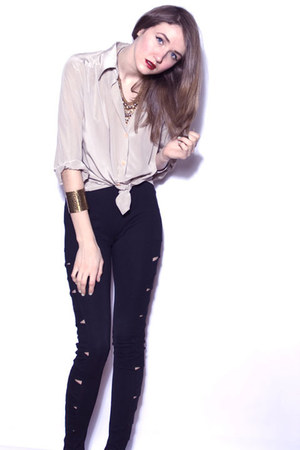 black BB Dakota pants - off white vintage blouse