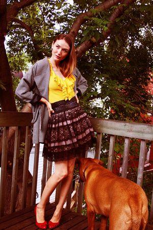 yellow LAMB shirt - red sam edelman shoes - black Urban Behaviour skirt
