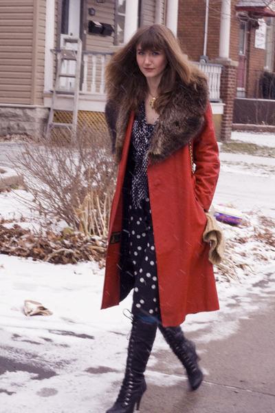 black Aldo boots - ruby red vintage coat