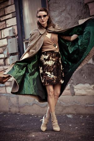 tawny vintage cape