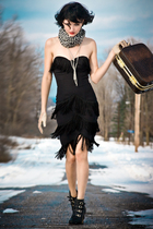 black vintage dress - black Nine West boots - gray danier leather scarf