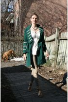 green Cacharel coat - white Biance Nygard top - beige Zara pants - beige Narcisc
