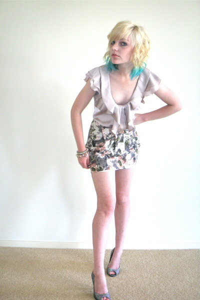Avocado top - zu shoes - Valleygirl skirt - Forever New bracelet