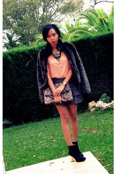teal beaded bib DIY necklace - black Zara boots
