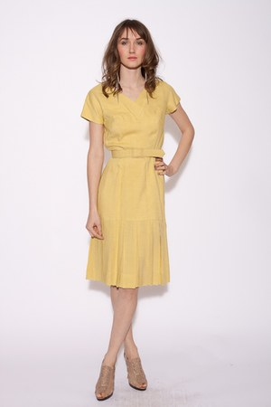 tan Aldo shoes - yellow chicshopca Vintage dress