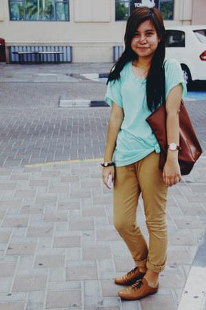 Khaki pants pants - shirt shirt - brogues flats