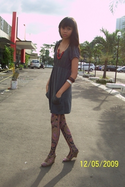 somewhere dress - Forever21 tights - Charles & Keith shoes - ambasador bracelet