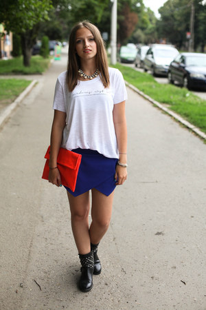 Zara shorts - Zara t-shirt - H&M necklace