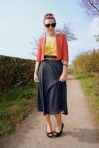 Topshop jacket - Ray Ban sunglasses - next belt - Topshop vest - new look wedges