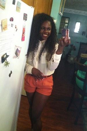 off white polyester f21 blouse - light orange hm shorts