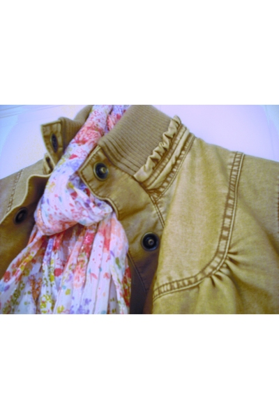Big Chill Vintage jacket - H&M scarf