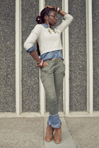 tawny lace-up H&M boots - off white cropped H&M sweater