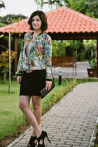 eggshell floral bomber Zara jacket - black studded clutch Renner bag