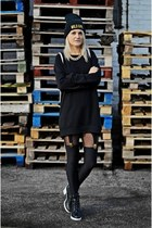 black blackwhite new look boots - black sweatshirt H&M dress