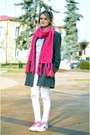 Heather-gray-grey-second-hand-coat-off-white-white-stradivarius-jeans