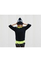 black eyes SH hat - yellow neon Orsay shirt - black dots Topshop shorts
