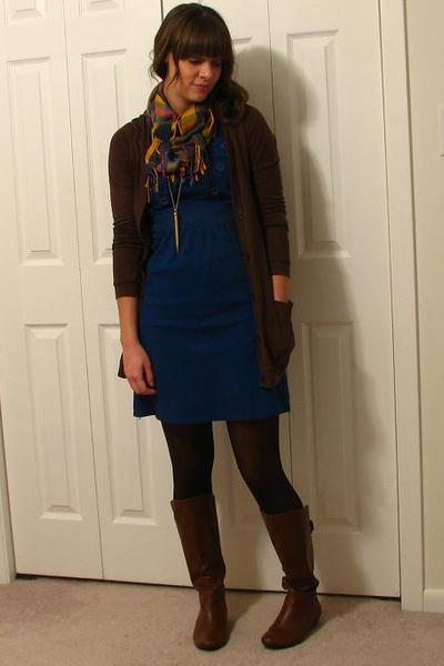 Blue Dress With Leggings