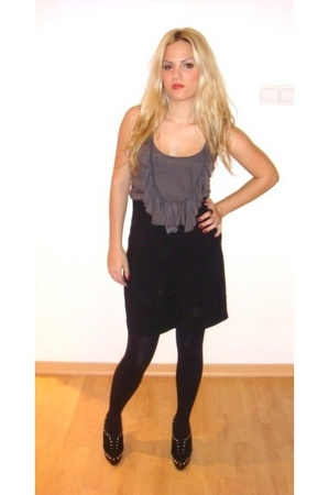 Zara top - Zara skirt - Christian Louboutin shoes