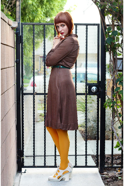 brown vintage dress - mustard Gap tights