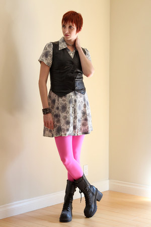 white vintage dress - hot pink We Love Colors tights