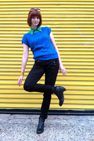 blue thrifted vintage sweater - black Dr Martens boots