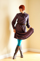 deep purple vintage dress - dark brown AK Anne Klein boots
