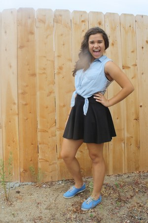 black flowy Love Culture skirt - blue Keds shoes - sky blue lacy Forever 21 top