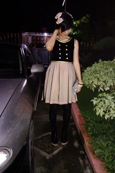 black dress - black stockings - black shoes